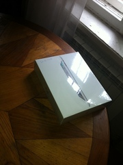 Apple iPad2 3G 64Gb  WIFI
