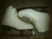 Продам профессиональные коники для фигурного катания,  34 размер